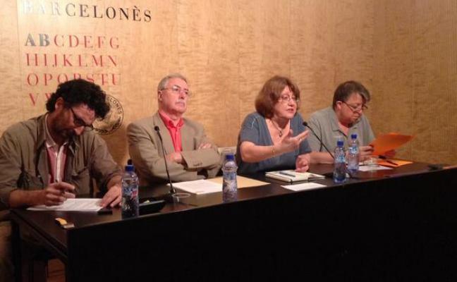 Els participants al debat: Pau Vidal, Narcís Garolera i Enric Gomà i la moderadora, Patrícia Gabancho