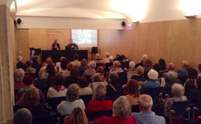 Sala plena a la conferència de Rosa Sensat