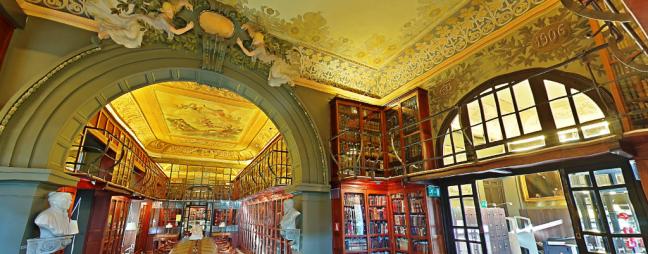 Biblioteca en 3D