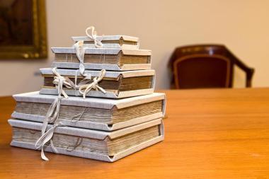 Obres restaurades dins la campanya Apadrina un llibre! de l'Ateneu Barcelonès